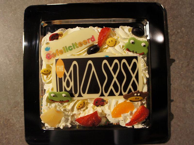 Verjaardagstaart bij een kinderfeestje van The Maxx